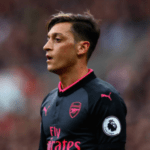 """Steven Gerrard: Mesut Ozil """"Doesn't Want To Know"""" When Arsenal Are Chasing The Ball"""
